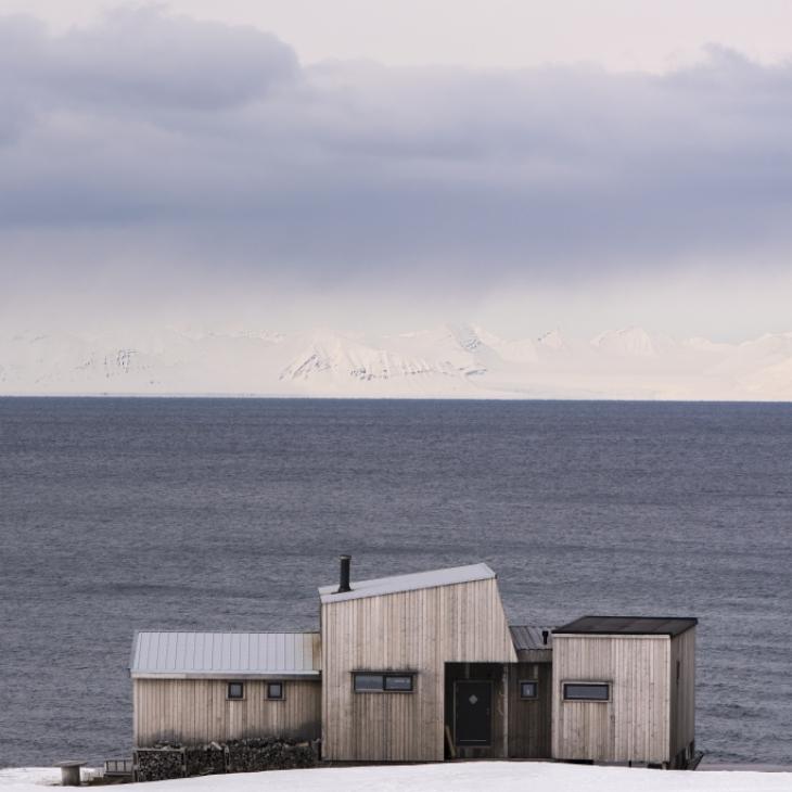 Maja mere ääres